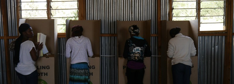 Kenyans vote in the first general election since the violence of 2007/2008