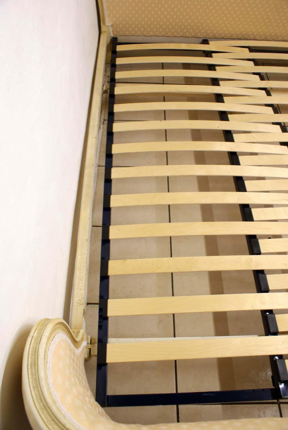 upholstered bed adjustable slatted bed base