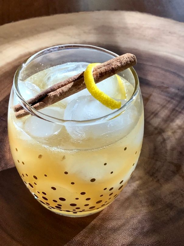 This recipe from thefreshcooky.com for Maple Whiskey Sour has the most beautifully balanced sweet to tart ratio. This refreshing cocktail will become a favorite on a crisp fall evening. #whiskeysour #homemade #3ingredient #cocktail #whiskey #maplesyrup #citrus #falldrinks #fallcocktails