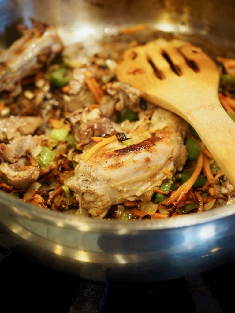 This will be the last gravy recipe you ever need! This Turkey Giblet (don't let that scare you away) is packed with flavor, smells wonderful, is silky smooth AND you can make it ahead! Win-Win for your holiday meal. #thefreshcooky #turkey #gravy #giblets #makeahead #best #holidayrecipes #thanksgiving #christmas #canadian