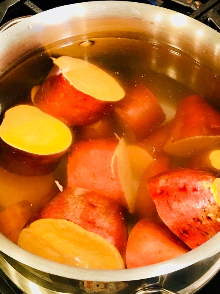 Yams potted | Thanksgiving Praline Yams