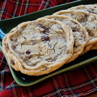 Giant Chocolate Chip Cookies with Fleur de Sel | www.thefreshcooky.com