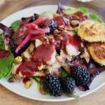 Blackberry Grilled Chicken Salad | www.thefreshcooky.com #freshsalad #springsalad #blackberrys #friedgoatcheese
