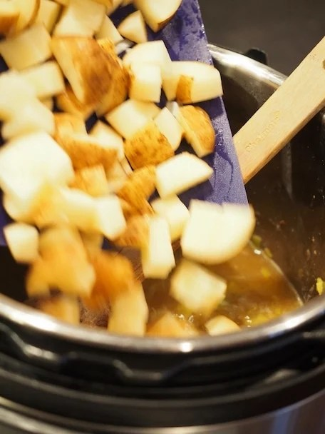 Potato Leek Soup | www.thefreshcooky.com