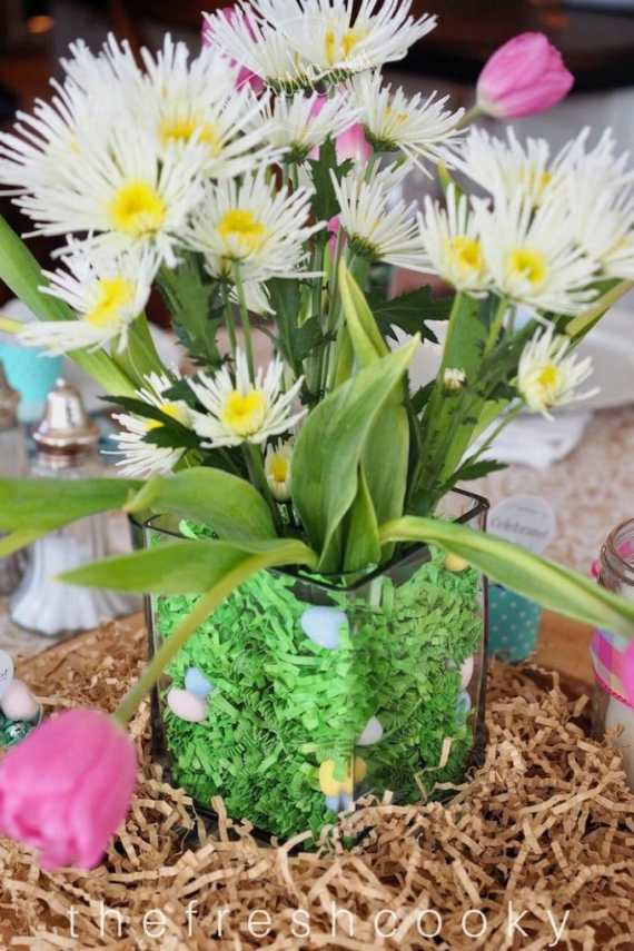 Easter and Spring Decor, Recipes, Tablescapes   www.thefreshcooky.com