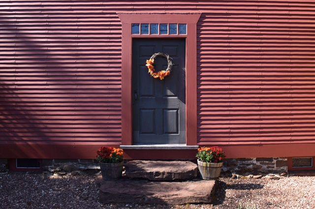 Noah Webster House, West Hartford, front door, national historic landmark