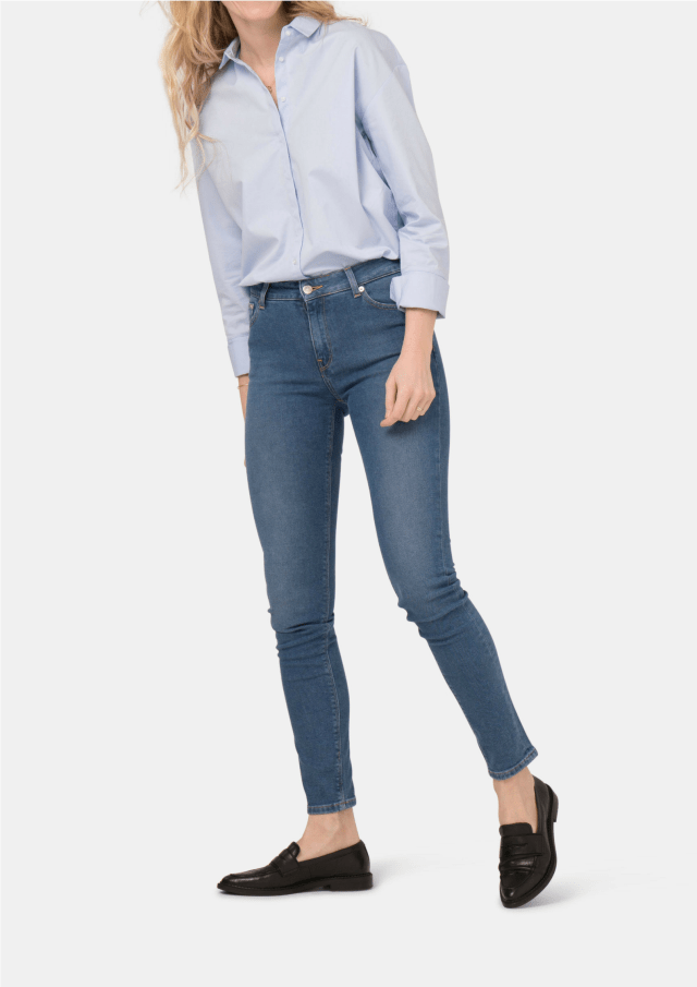 https://i2.wp.com/www.thefrontlash.com/wp-content/uploads/2018/10/RESIZED-MUD-JEANS.png?w=640