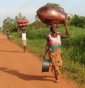 women-african-balancing-stuff-on-head