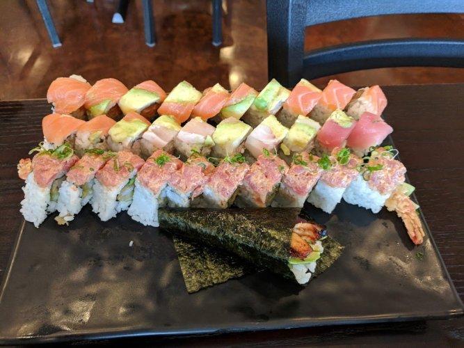 sushi-buffet-3