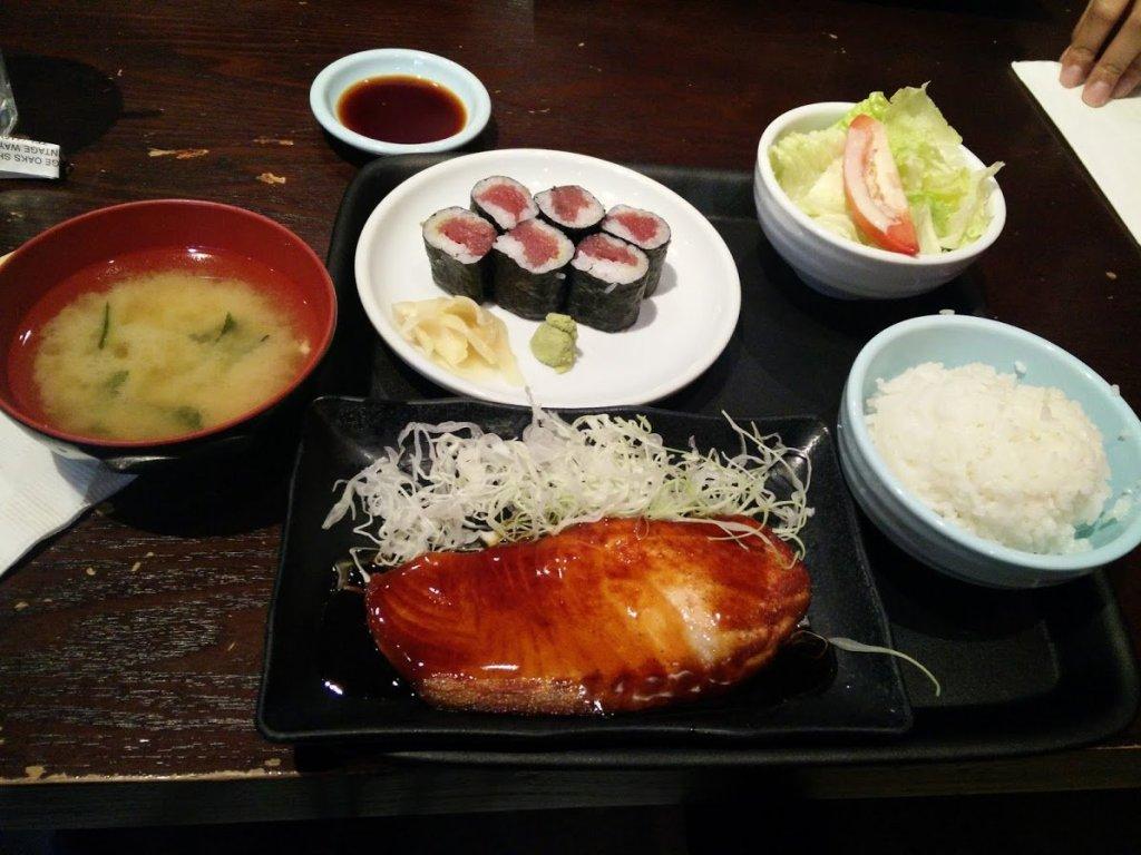 sushi-lunch bento (2)
