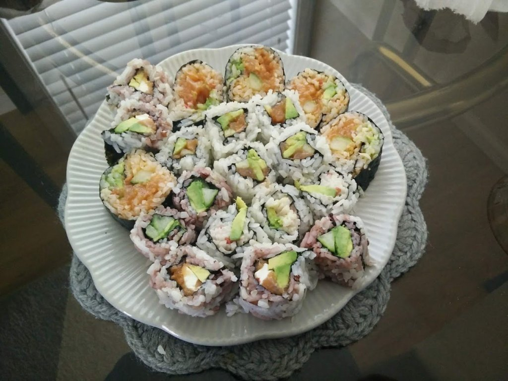 homemade sushi salmon