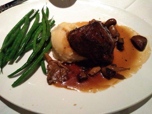 filetmingnon steak