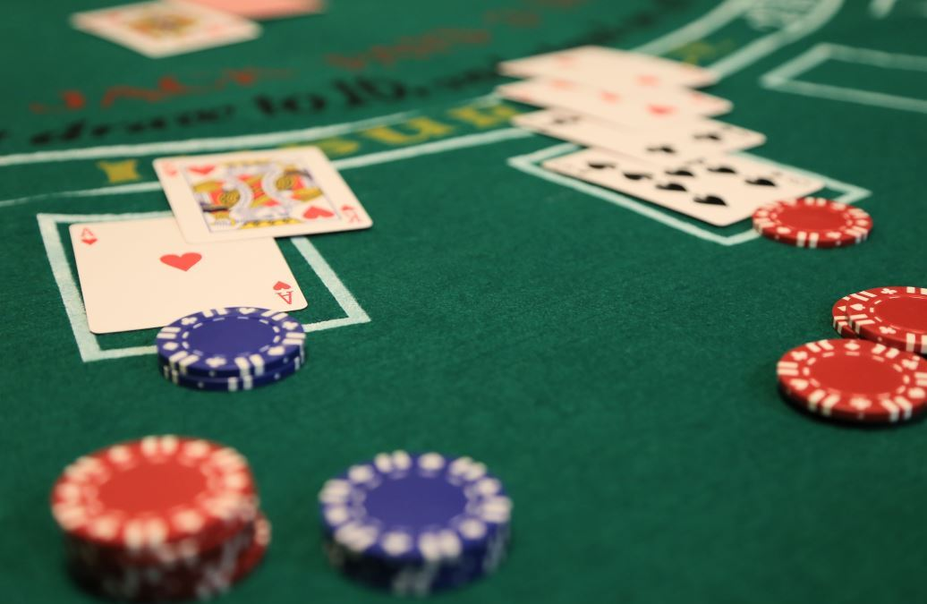 Learn to Count Cards in Blackjack in Fifteen Minutes
