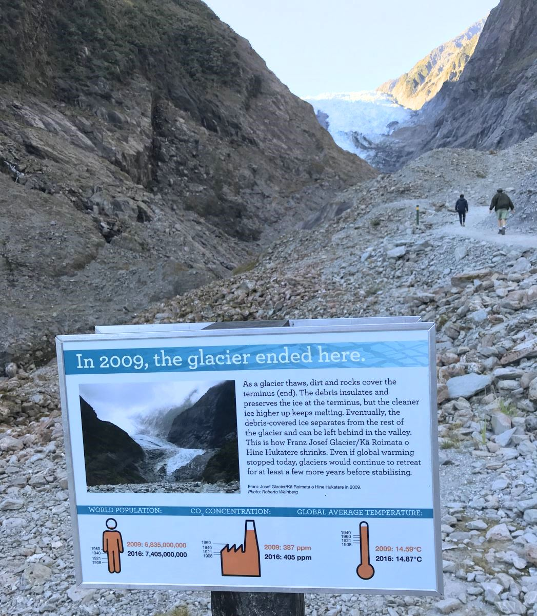 Sign marking where the end of the glacier was in in 2009