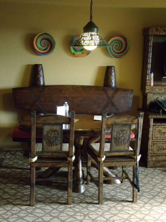 Table and chairs at Disney's Animal Kingdom Lodge 1-bedroom villa