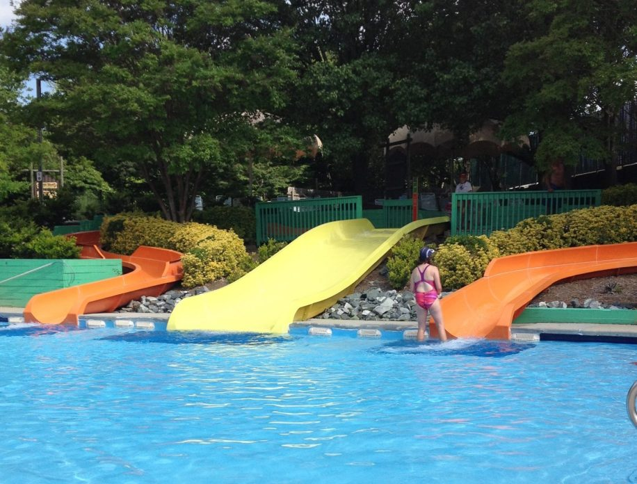 Tips for visiting Wet'n Wild Emerald Point in Greensboro, NC! Why Wet and Wild North Carolina is great for families with little kids, a discount on 2017 tickets, advice for getting a season pass for your family and more.