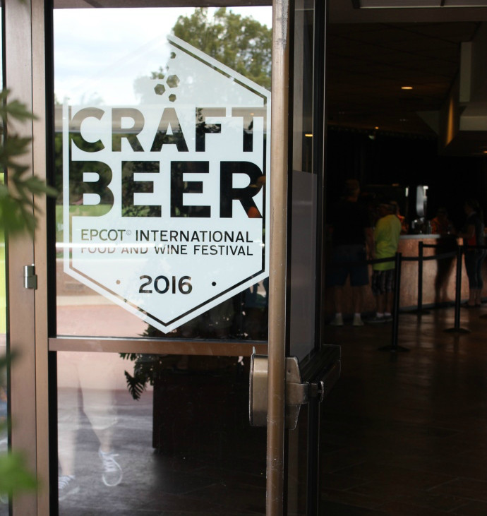 Craft Beer sign at entrance to restaurant