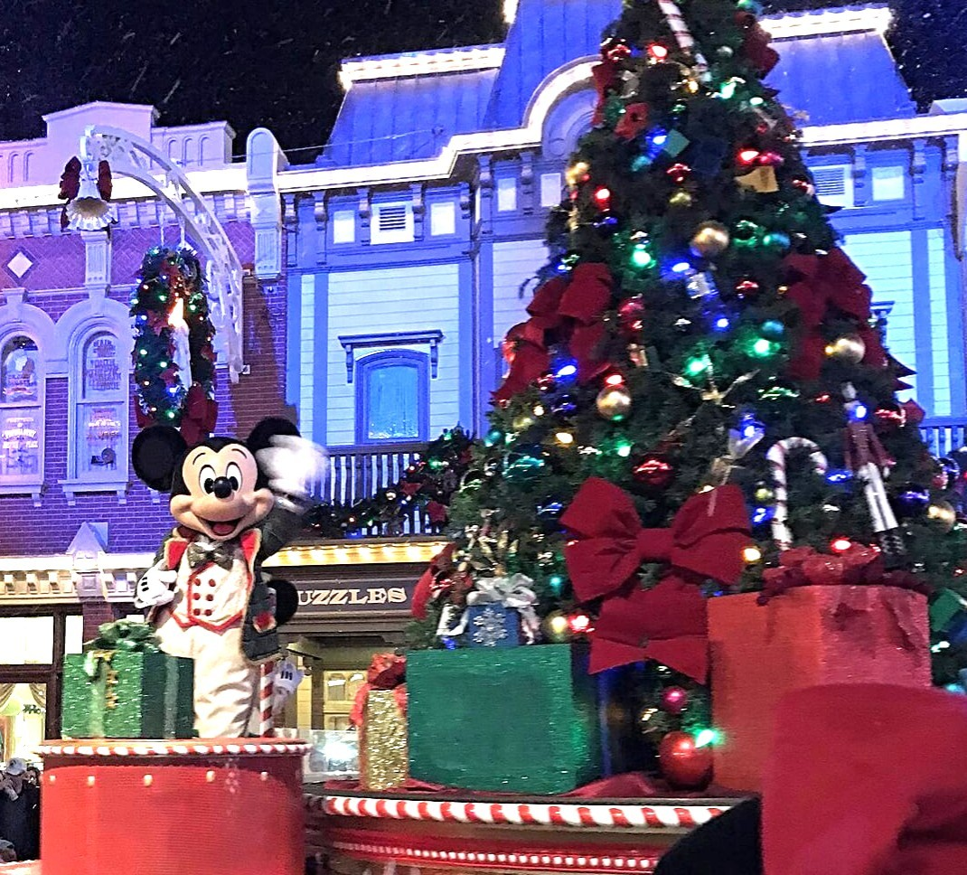 Mickeys Very Merry Christmas Party 2019.Disney World Christmas 2019 Ultimate Guide Tips The