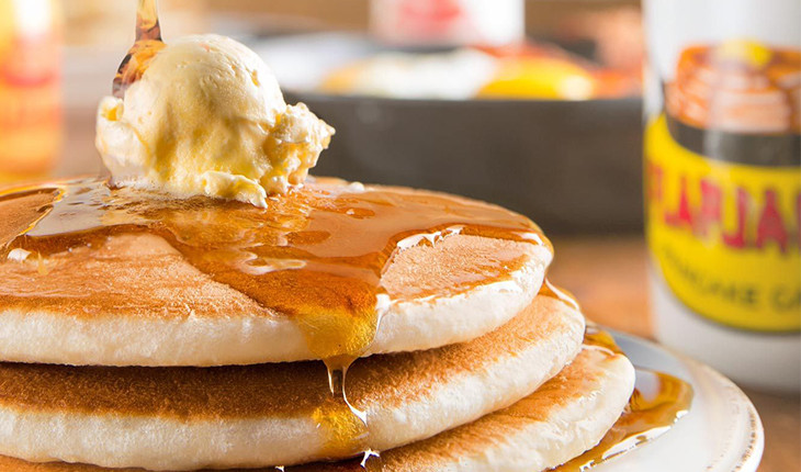 pancake and syrup close-up - things to do in Pigeon Forge TN