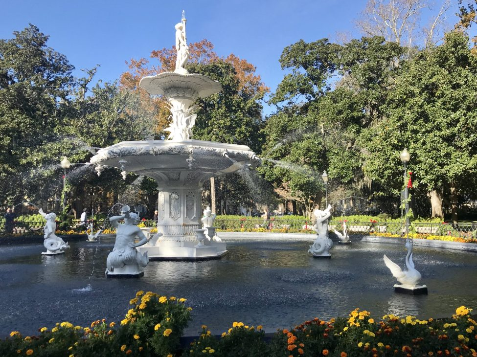 forsyth park fountain - things to do in savannah with kids