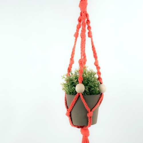 Kit DIY suspension en macramé corail Phildar - The Funky Fresh Project