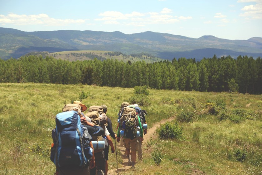 Want to start a travel fund? Hoping to find more freedom to travel? A minimalist lifestyle can do both these things. Start your travel adventures NOW.