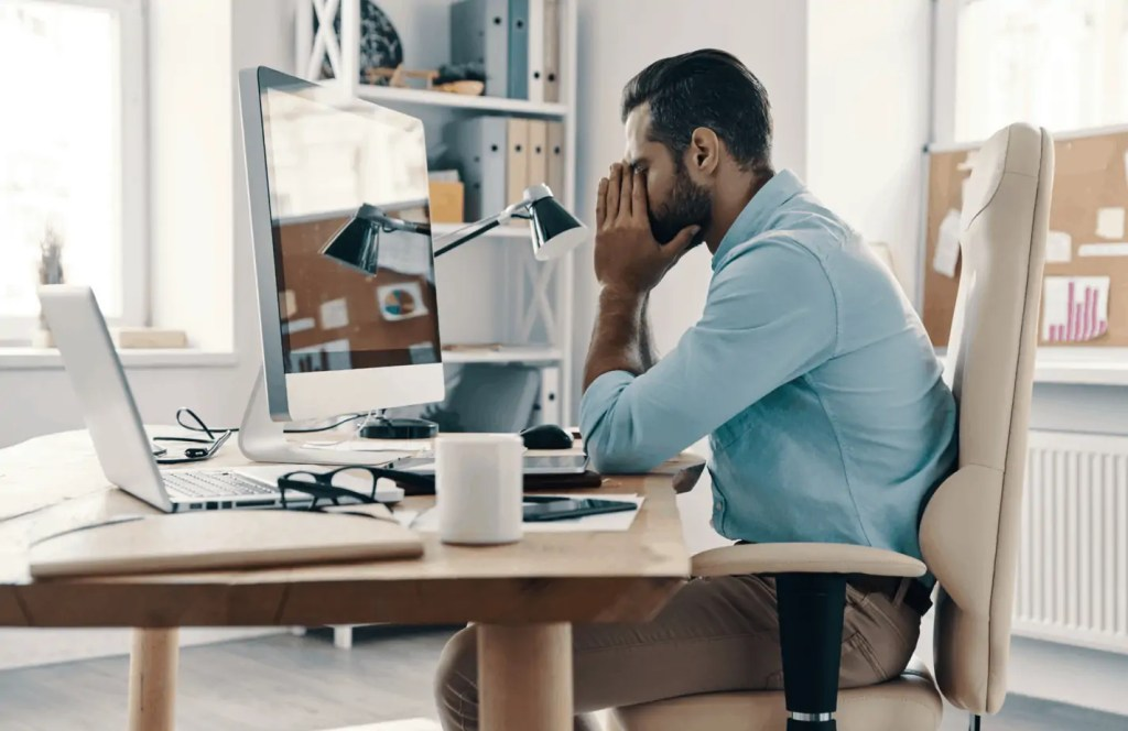 I am always tired! I have no energy! What are the signs of burnout? Am I just being lazy? Here is some guidance on how to tell the difference.