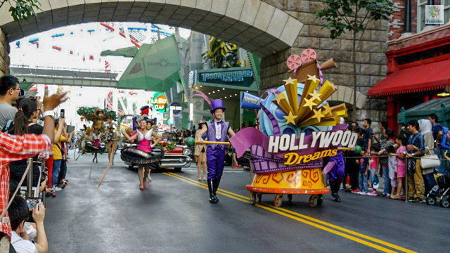 Hollywood parade at Universal Studios Singapore.