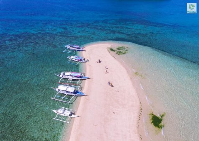 Bantigue Sandbar of Gigantes Islands.