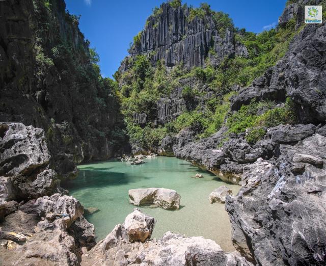 Tangke Lagoon of Gigantes Islands