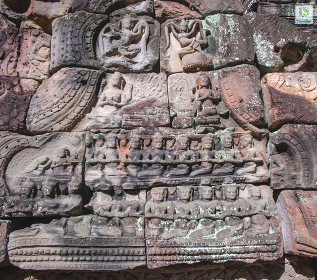 Bas relief at Ta Som