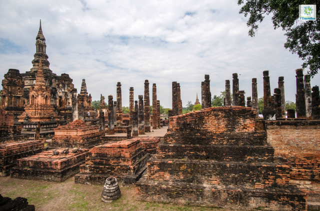 The central part of Wat Mahathat Sukhothai