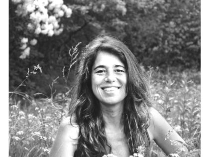 E140 – Jimena Paratcha on Motherhood, Embodied Listening and Generous Activism // Remembering The Power Of Who We Are