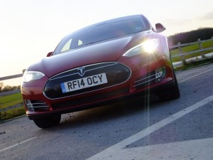 The Tesla Model S P85+ experiences the Dutch Angle