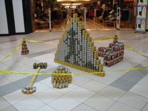 MH Canstruction 010