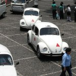 11 tips for travel in Mexico: VW beetle taxis