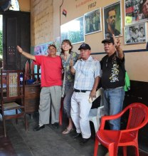 my top 9 travel tips for Nicaragua - meet some revolutionaries!