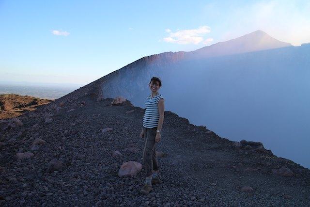 my 9 top travel tips for Nicaragua - Volcan Telica crater - volcano Nicaragua