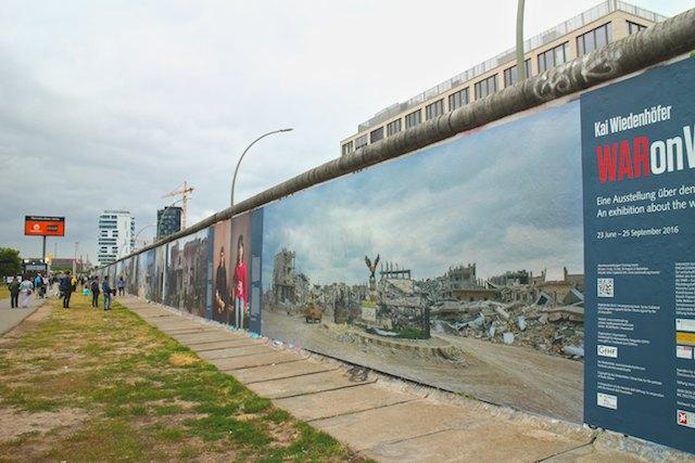 Berlin architecture walk Syria exhibition