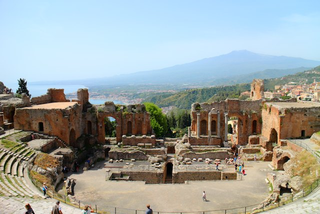 day trips from Catania by public transport - Taormina Teatro Greco
