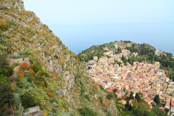 day trips from Catania by public transport - view over Taormina