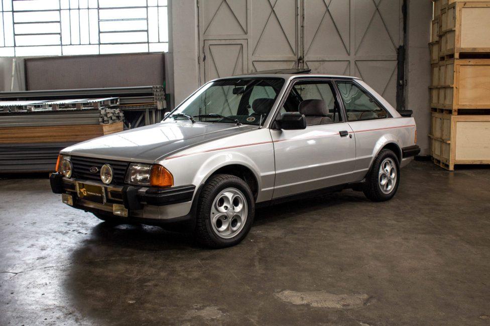 ford-escort-xr3-the-garage-loja-de-carros-antigos-21