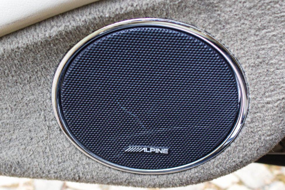 alto falante alpine jaguar XJ8 supercharger 2004