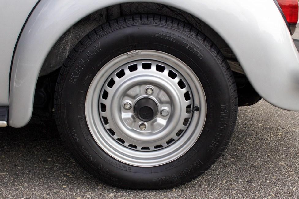 roda e pneu