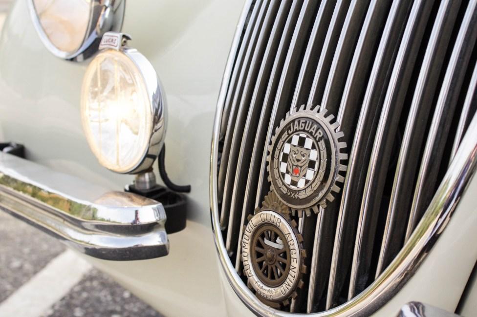Jaguar-XK120 A venda the garage loja de carros antigos