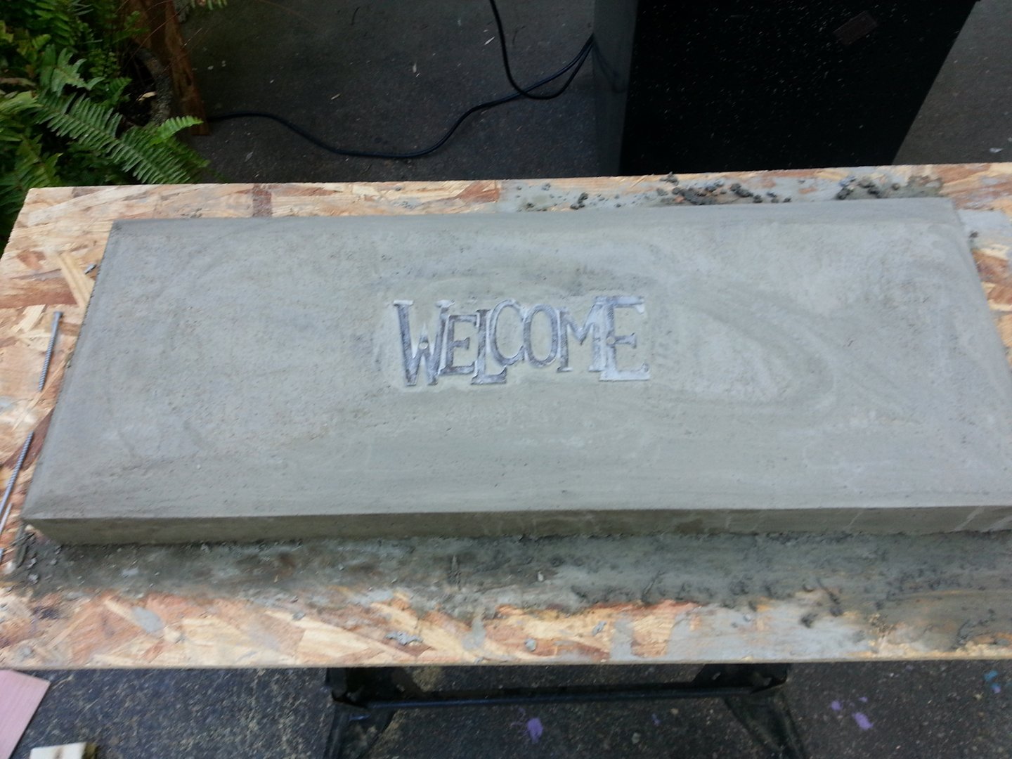 Create your own concrete bench for under $20 - The Garden
