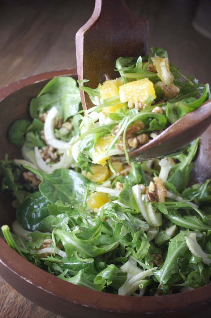 Orange, Fennel, and Walnut Salad with Citrus Vinaigrette -- TheGarlicDiaries.com