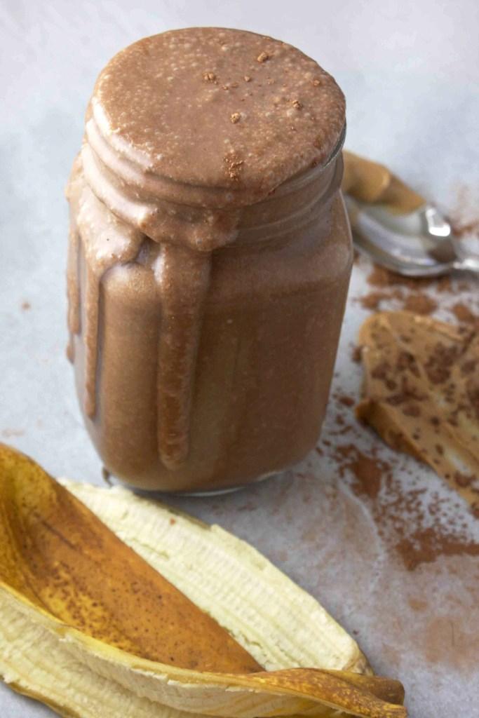 Healthy Vegan Chocolate Milkshake -- TheGarlicDiaries.com