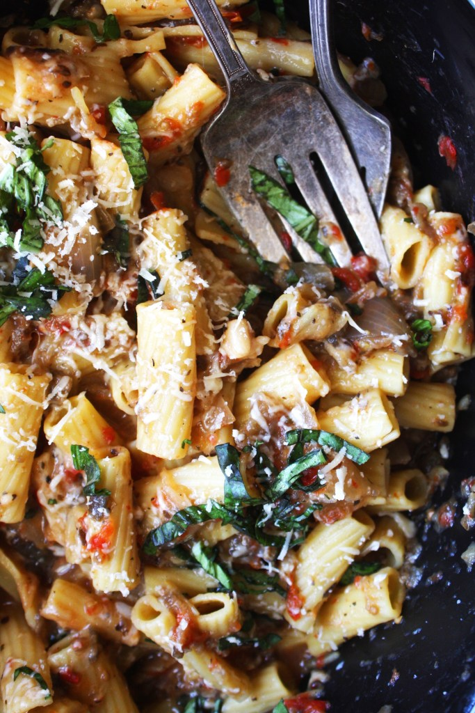 Easy Crock-Pot Italian Pasta - Eggplant, fennel, onions, garlic, and fresh tomatoes come together to make a perfect sauce for this easy Italian pasta dish! #vegetarian -- TheGarlicDiaries