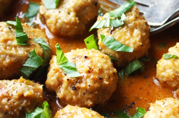 Chicken Meatballs with Thai Coconut Curry Sauce